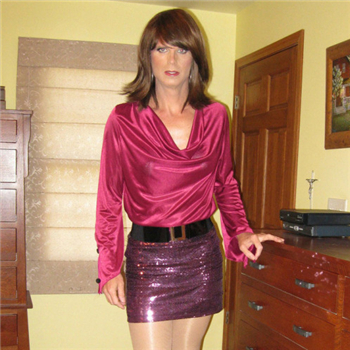 kissing crossdresser